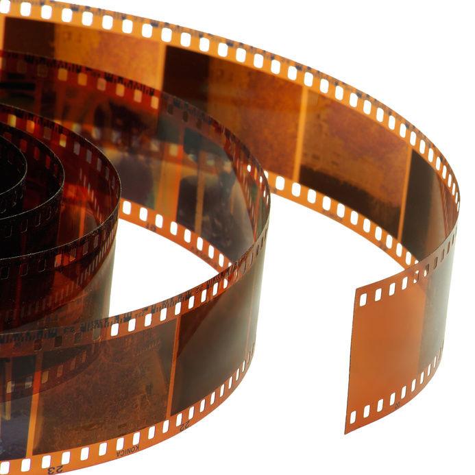 Những cuộn phim có thể nói là trái tim của mỗi chiếc máy ảnh khi đảm nhận nhiệm vụ thu nhận ánh sáng từ ống kính, lưu giữ hình ảnh.